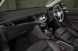 Vauxhall Astra Ultimate, 2018, interior