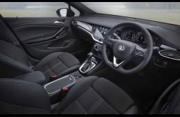 Vauxhall Astra, 2019, interior
