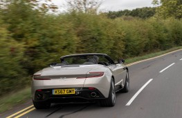 Aston Martin DB11 Volante, rear action