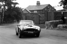 Aston Martin DB4 GT, front