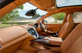 Aston Martin DBX, 2020, interior