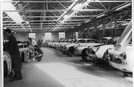 Aston Martin DB4 GT, Newport Pagnell works