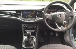 Vauxhall Astra Sports Tourer, interior
