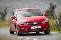 Vauxhall Astra 2015, nose