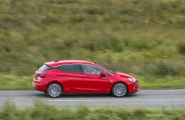 Vauxhall Astra 2015, side, action