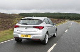 Vauxhall Astra, rear, action