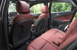 Hyundai Tucson hybrid, 2018, rear seats