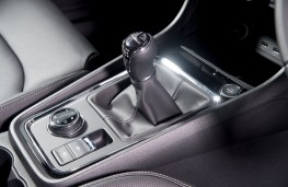 SEAT Ateca, interior, manual