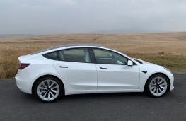 Tesla Model 3, 2021, side