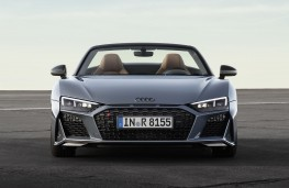 Audi R8 Spyder 2019 head on
