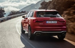 Audi RS Q3 rear action