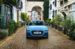 Audi A1 Sportback, full front static