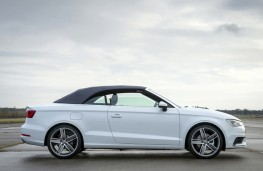 Audi A3 Cabriolet, side, roof up