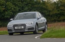 Audi A4, front action 2