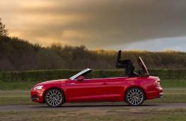 Audi A5 Cabriolet, hood raising
