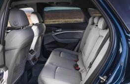Audi e-tron 55 quattro, rear seats