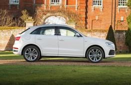 Audi Q3, side static