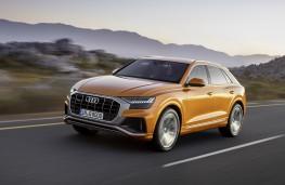 Audi Q8 2018 front action