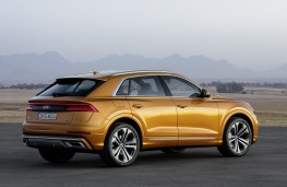 Audi Q8 2018 rear threequarter