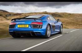 Audi R8, blue rear action