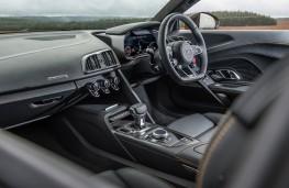 Audi R8, dashboard