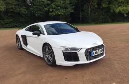 Audi R8, front