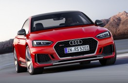 Audi RS 5 Coupe front action