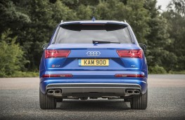 Audi SQ7, rear static