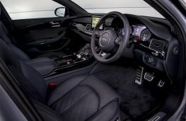 Audi S8 plus, interior