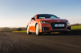 Audi TT Coupe, front