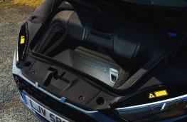 Audi R8 Coupe, interior