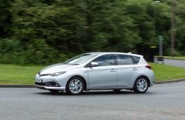 Toyota Auris Hybrid, side, action