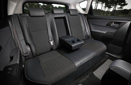 Toyota Auris, rear seats