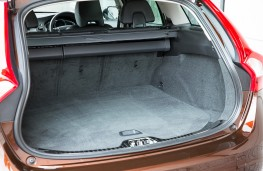 Volvo V60 Cross Country, boot
