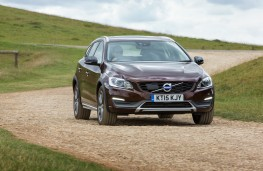 Volvo V60 Cross Country, front, action