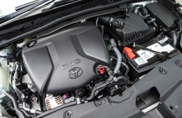 Toyota Avensis Touring Sports, diesel engine