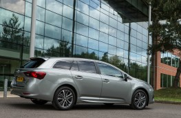Toyota Avensis Touring Sports, rear