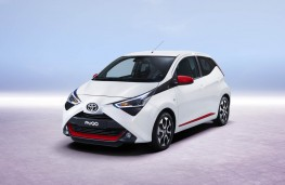 Toyota Aygo, 2018, front