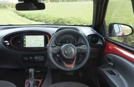 Toyota Aygo, 2018, interior