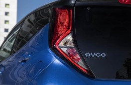 Toyota Aygo, 2018, rear lights