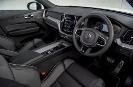Volvo XC60 B4, 2019, interior