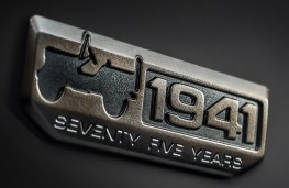 Jeep, 75th anniversary badge