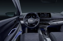 Hyundai Bayon, 2021, interior