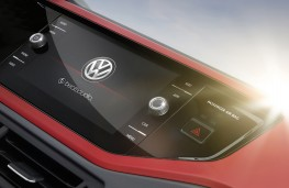 Volkswagen Polo beats, 2018, screen