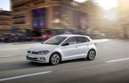 Volkswagen Polo beats, 2018, side