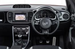 Volkswagen Beetle R-Line, 2017, dashboard