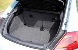 VW Beetle 2.0 TDI, boot