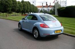 VW Beetle 2.0 TDI, rear