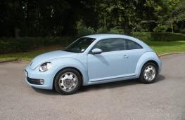 VW Beetle 2.0 TDI, side