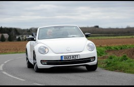 Volkswagen Beetle Cabriolet, front, action, roof down